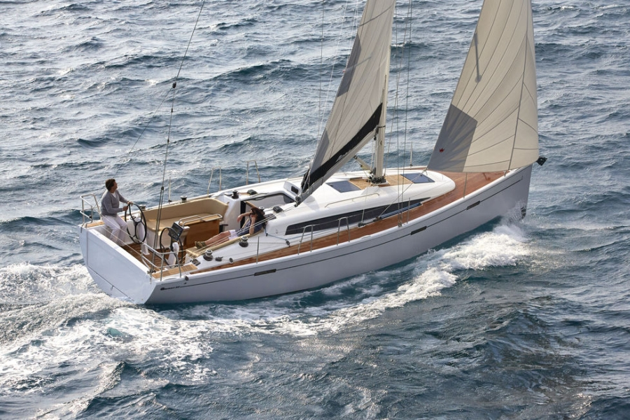 Performance Cruiser Dehler 38